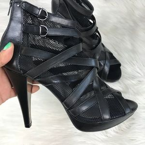 KENNETH COLE | Mesh Strap Heels